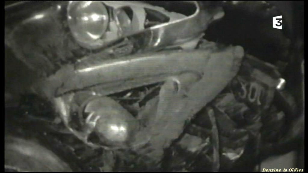 très rares photos de l'accident de Johnny Hallyday et Sylvie Vartan le 20 février 1970 à bord d'une Citroën DS 793918citroendscrashjohnny05