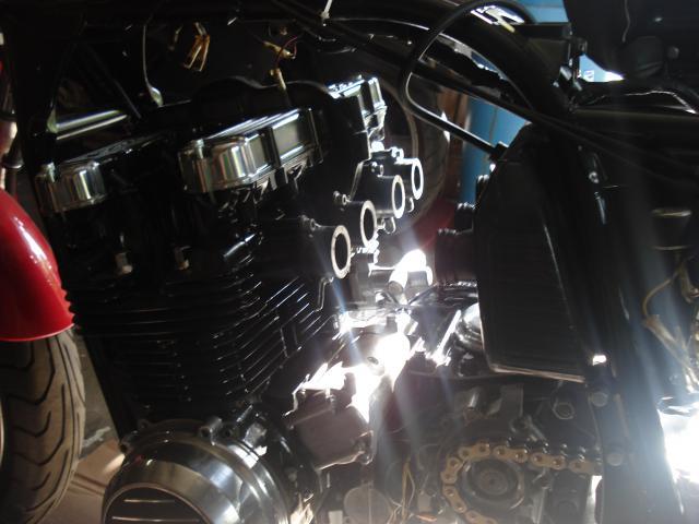Restauration et modification  Z650 - Page 3 799062DSC04178