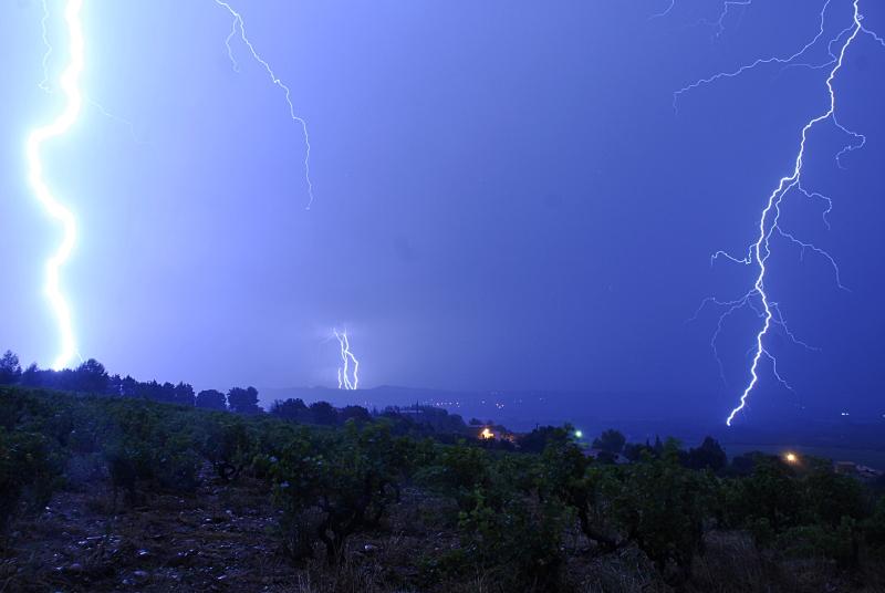 Suivi des orages en France saison 2010 - Page 2 799702_DSC1172