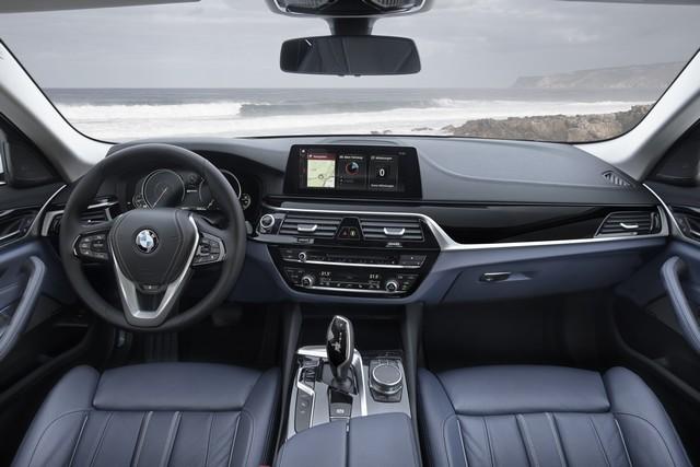 BMW Group au salon de Detroit NAIAS 2017 802009P90244227highResbmw530eiperformanc