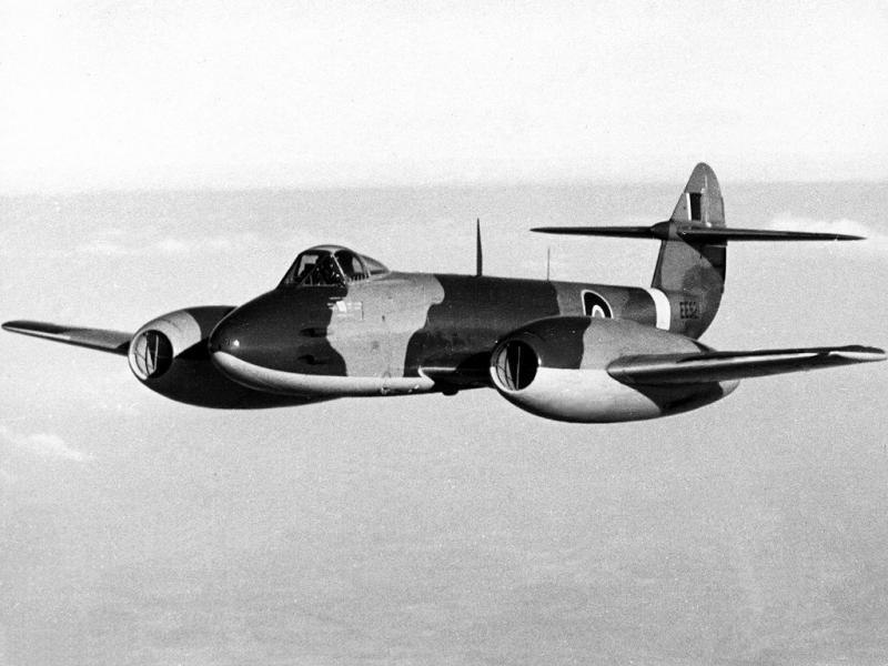 GRUMMAN F9F PANTHER  802615Gloster_Meteor_MkIII