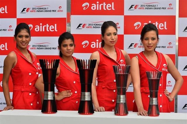 F1 GP d'Inde 2013 : (essais libres-1-2-3-Qualifications) 8064082013GPIndetrophes