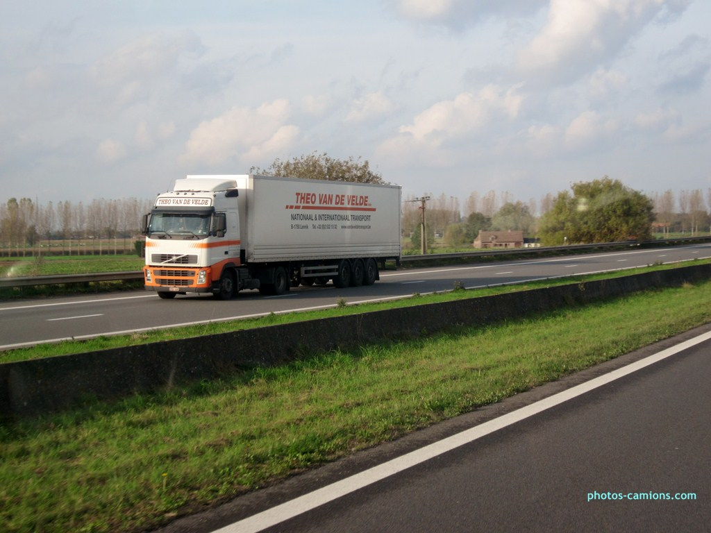 Theo Van de Velde  (Lennik) 806775photoscamionsdivers60Copier