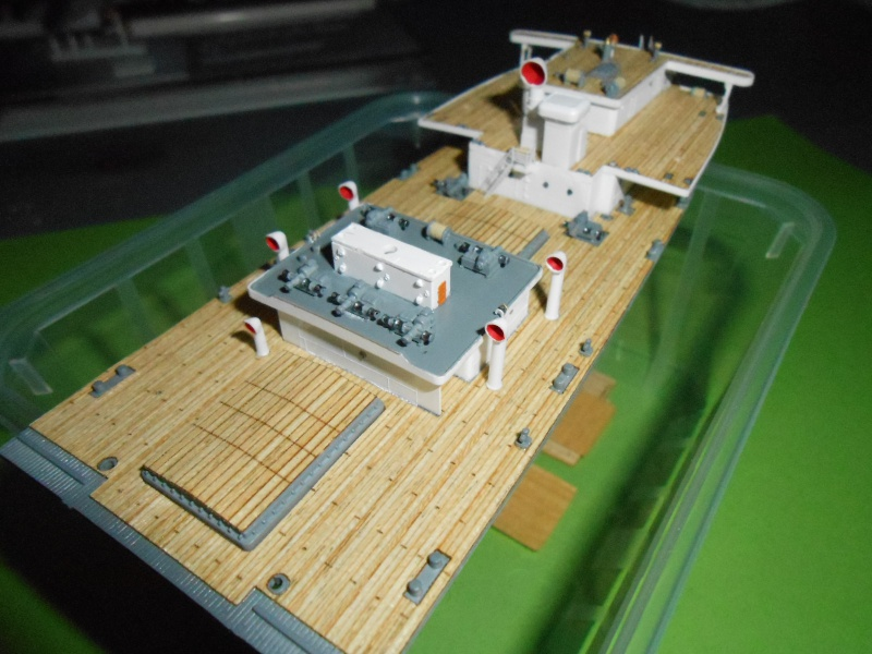 Hikawa Maru hopital 1/350 PE/pont en bois et babioles  - Page 2 810969DSCN5629