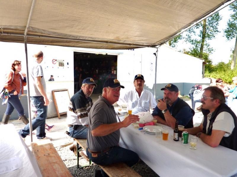 Photos de la rencontre à Ghlin 04 09 2010 - Page 2 813396P1000450