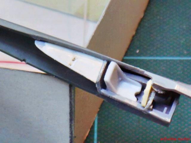 TA 152    kit FROG 1:72 814568DSCN7082Copier