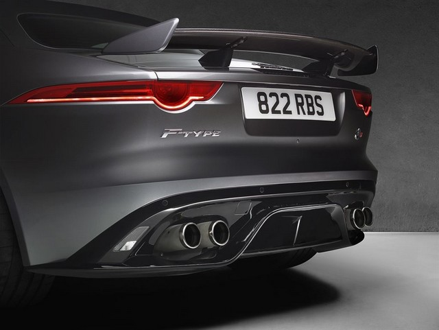 Nouvelle Jaguar F-TYPE SVR : La Supercar Capable D'atteindre 322 km/h Par Tous Les Temps 815248JAGUARFTYPESVR56CONVERTIBLEStudioDetailLowRes