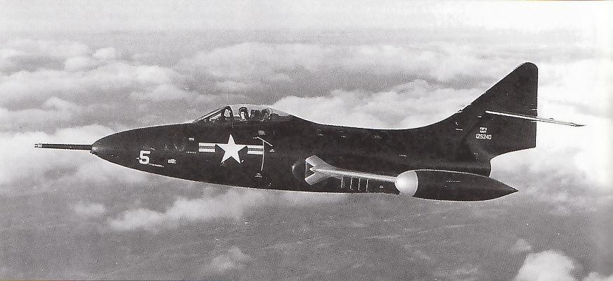 GRUMMAN F9F PANTHER  821455F9F_5_2