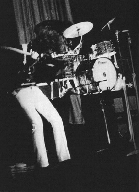 Londres (Saville Theatre) : 4 juin 1967 [Premier concert] 827259page4031012full