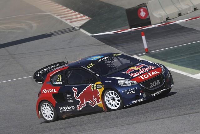 Le Team Peugeot Hansen creuse l'écart à Barcelone 8279492015RXBarcelona150