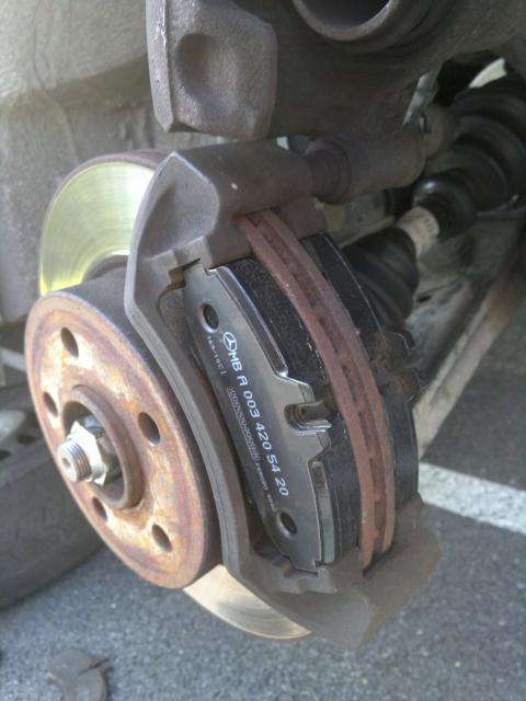 Changement plaquette de frein AV Vito F 2001 82796909052011461
