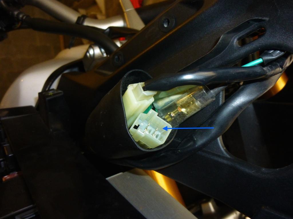Montage clignotants led Yamaha 828411P1020400copie