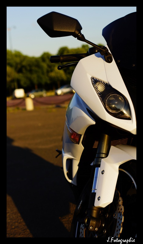 Zx6R K10 Blanc :) [Photo page 1] 829982DSC00743copie