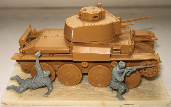 panzer Kpfw 38 t ausf F Tristar 1/35 830155modles109005