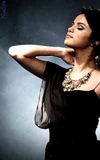 Selena Gomez - 200x320 834032vavaEthna8