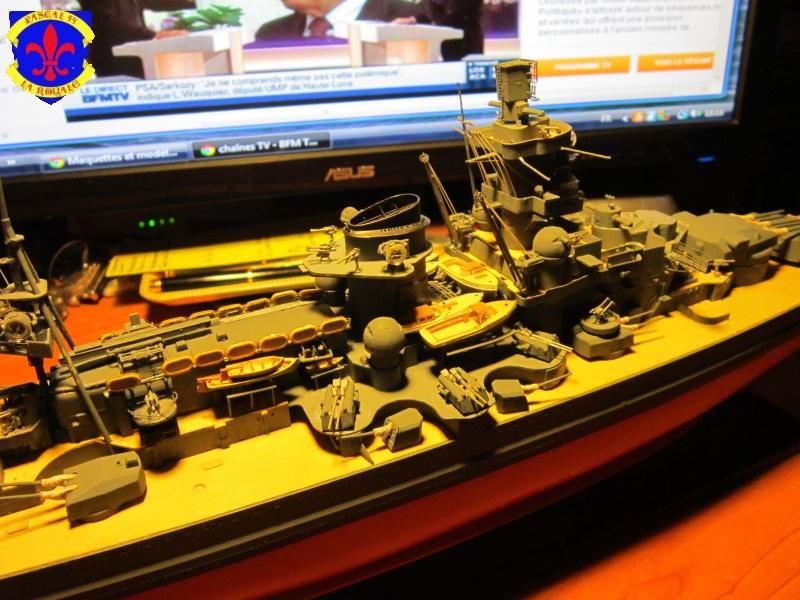 Croiseur de bataille Scharnhorst  au 1/350 de dragon - Page 6 837263IMG1392L