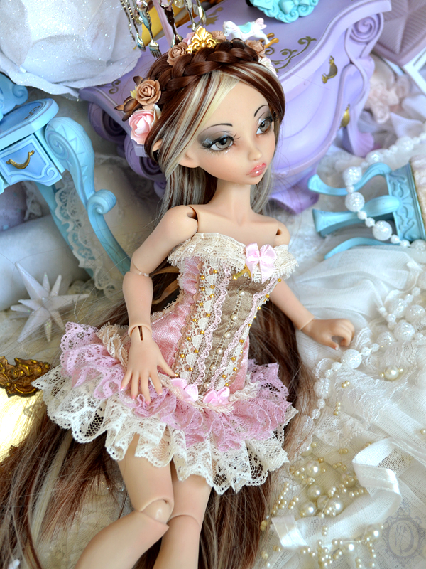 [Créa] † Mystic Dolls † : Réservations ouvertes ! 838885Sylvania1st09