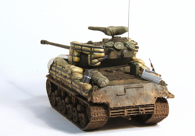 The usual suspects (TERMINE) M4A3E8 Dragon 1/35 839552IMG2740