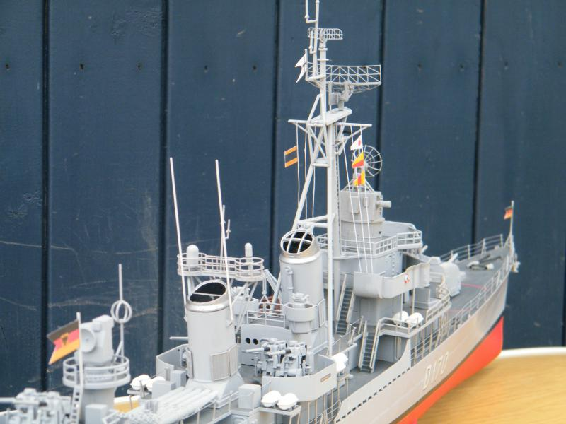 Destroyer Fletcher-Class au 1/144 84180020110723bartjeanjvido0210