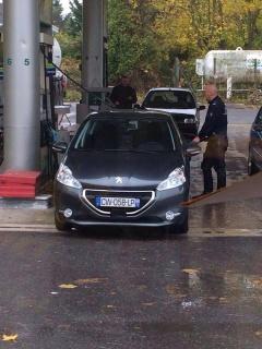 Plaques d'immatriculation des Renault Megane III 5 portes avec radar embarqué - Page 2 84341614584336202642980119861664014838n