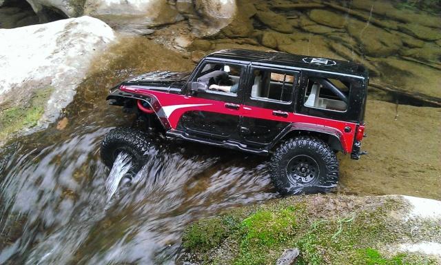 [ SCX10 Axial ]  jeep jk - Page 2 843507WP20130908009