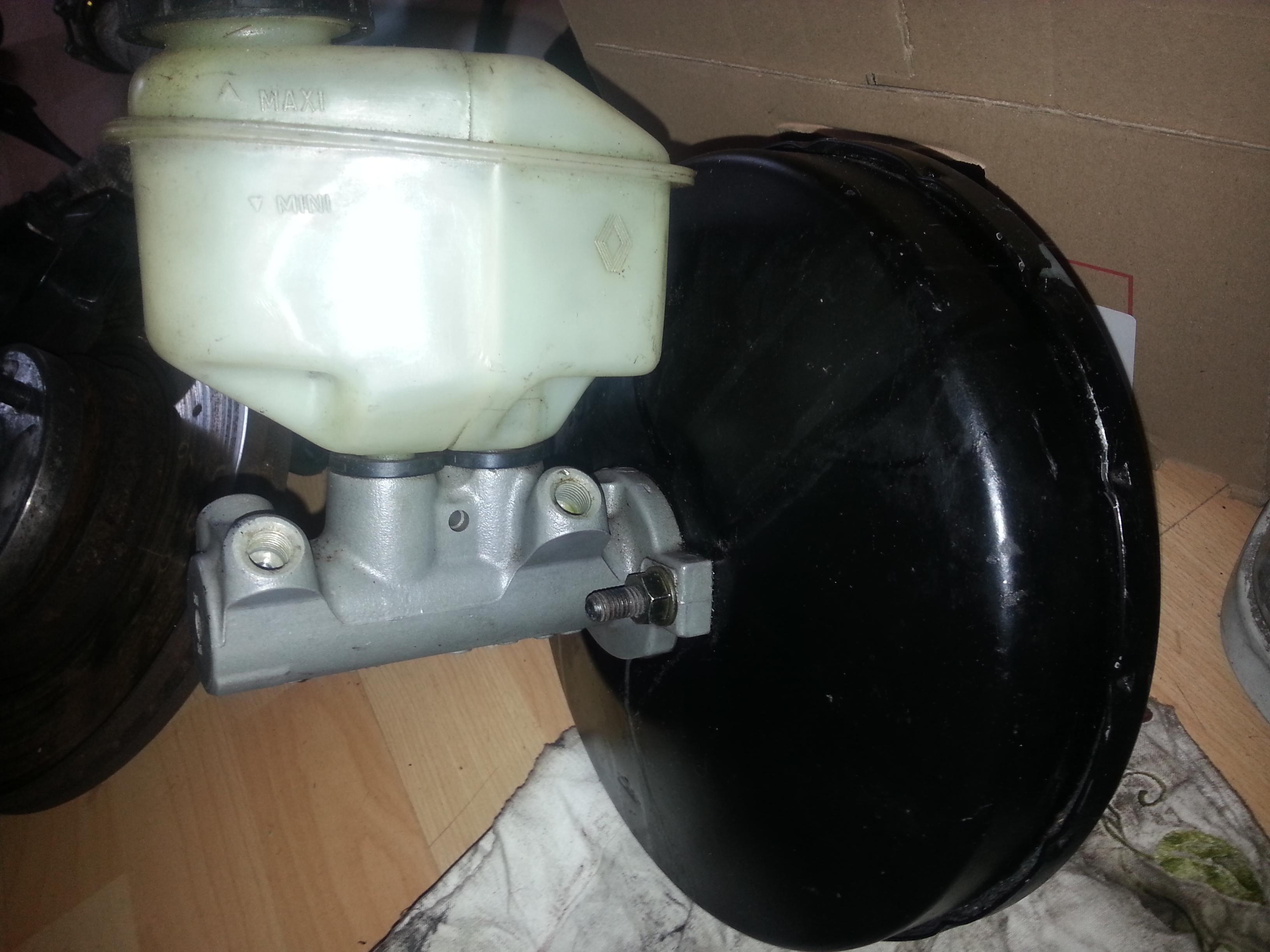 Ma R11 turbo 3 portes noire de 87 (injection) 84517220130530172508