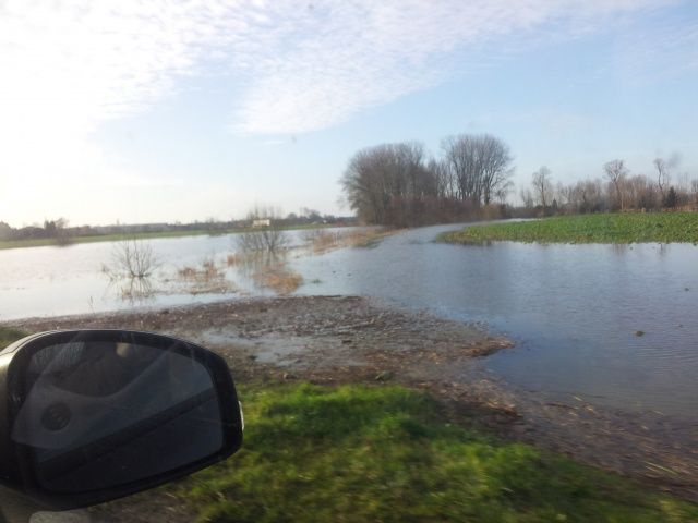 reportage inondations Nord France 4/11/2012 - Page 3 84817920130102102216