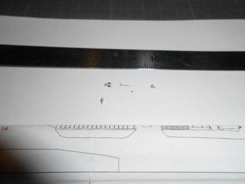 Saratoga tamiya 1/700 PE+Pont en bois par lionel45 - Page 9 851934sar007