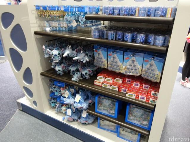 [Tokyo Disneyland] Nouvelle attraction : Stitch Encounter (17 juillet 2015) - Page 2 852551tc11