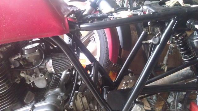 [Sharter] Mes XS en projet cafe racer - Page 2 855687IMAG1049