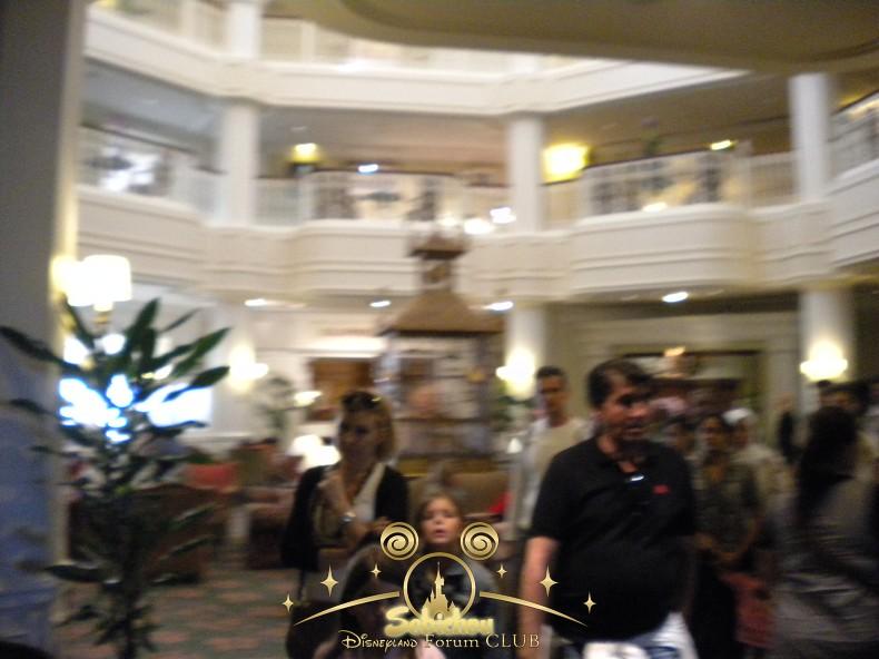 Disneyland Hôtel - Page 40 855880DSCN6503border