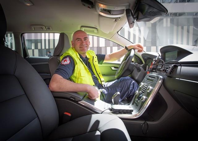 Clinique Saint-Jean : la Volvo XC70 qui peut sauver des vies 856165CliniqueSaintJeanlaVolvoXC70quipeutsauverdesvies7