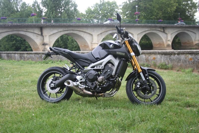Photos de toutes les Yamaha MT-09 du forum ! :) 856674YAldran24
