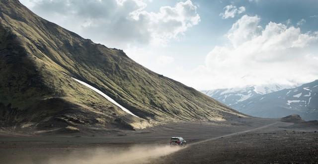 Nouveau Discovery SVX : Land Rover dévoile son champion tout-terrain au Salon de Francfort 857793l46219mysvx027glhd