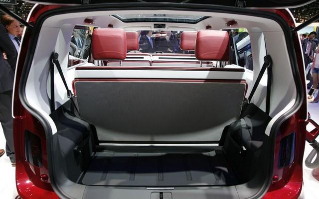 Salon de Genève 2011 : Volkswagen Bulli  860316VolkswagenBulli23