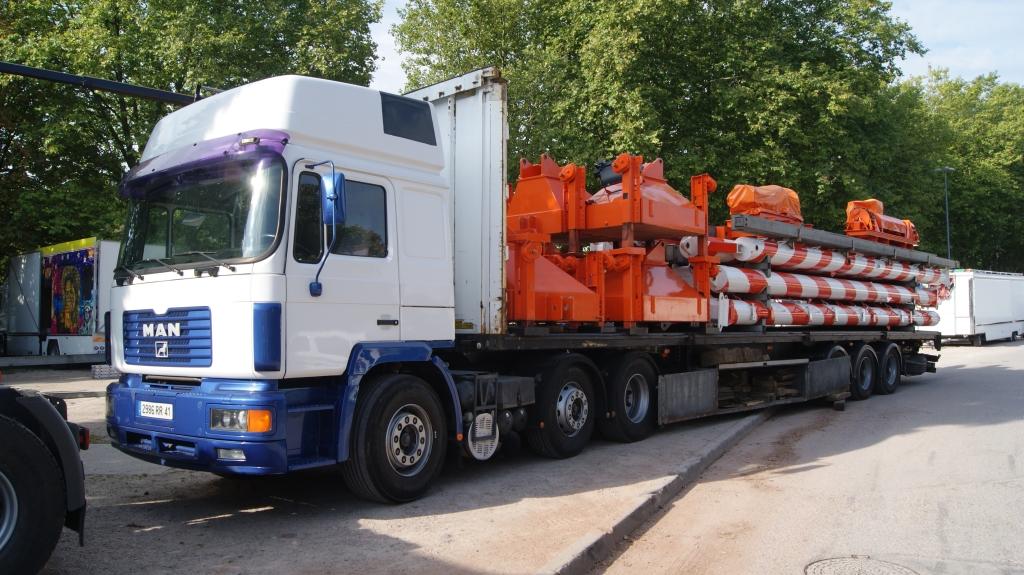 Les camions des Forains 861944DSC00993