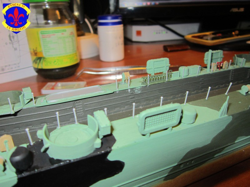 U.S. Navy Landing Ship Médium (Early) au 1/144 de Revell par Pascal 94 - Page 10 865577IMG42751