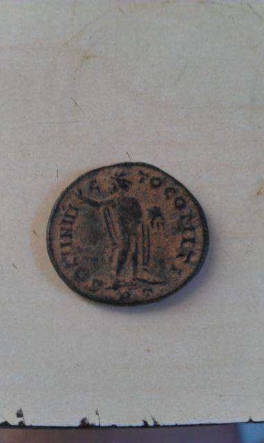Follis réduit de Constantin I pour Ticinium(merci brutus) 867519IMAG0492