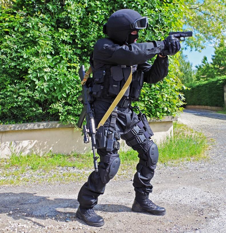 Black Unit FSB 87073820130609195722