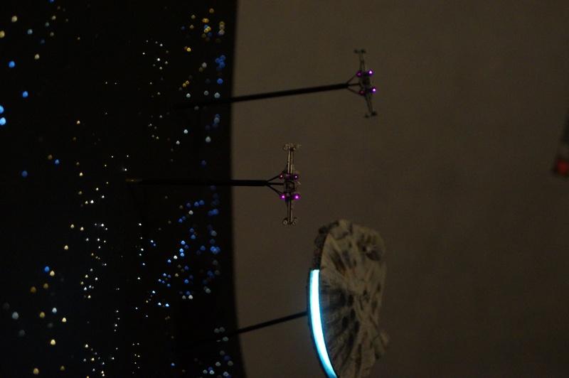 STAR WARS : Diorama Flotte rebelle - Page 4 872589DSC00813