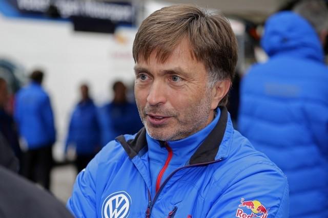 Saison réussie, conclue par une 12ème victoire : Volkswagen et Ogier victorieux au Rallye de Grande-Bretagne  879880md6vwgb15112015jostcapito