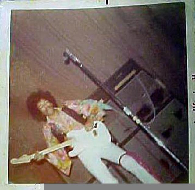Tampa (Curtis Hixon Hall) : 23 novembre 1968  88032319681123Tampa04