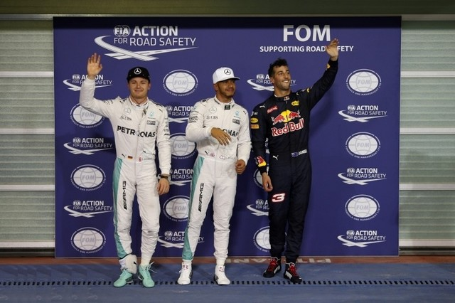F1 GP d'Abu Dhabi 2016 (éssais libres -1 -2 - 3 - Qualifications) 8886902016NicoRosbergLewisHamiltonDanielRicciardo