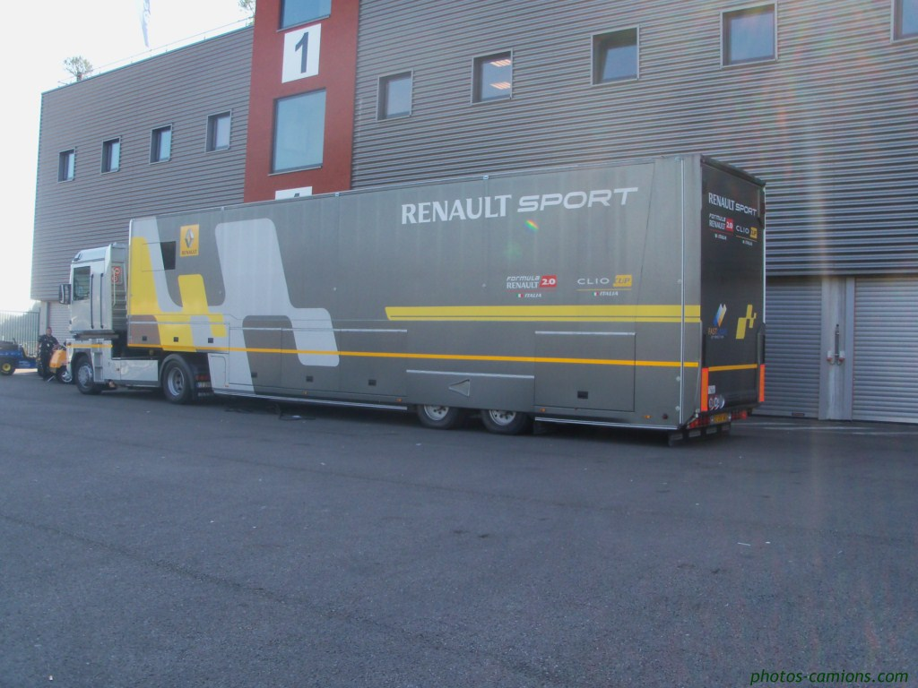 Renault Sport  889372photoscamions04Octobre201142Copier