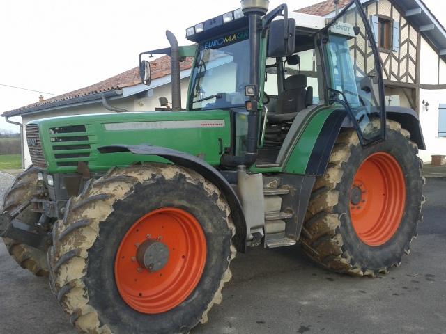 Photos de vos tracteurs - Page 3 889707photosportabletracteuretanaisjanv2013012