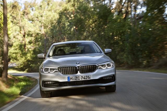 BMW Group au salon de Detroit NAIAS 2017 889888P90244234highResbmw530eiperformanc