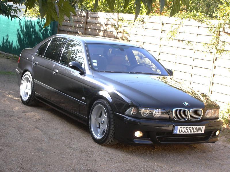 [BMW 530 d E39] Renaissance d'un Cosmos Schwarz Metallic 893601P1010089