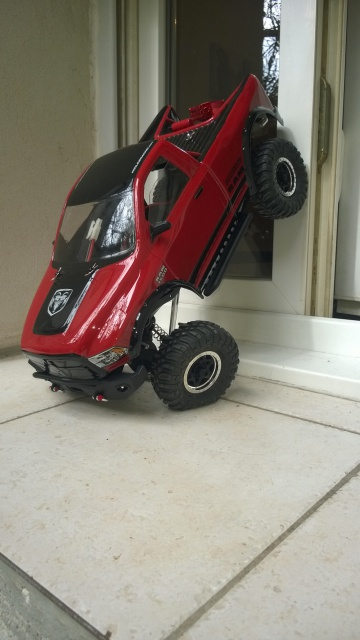 axial Scx10 - Jeep Umbrella Corp Fin du projet Jeep - Page 4 897665WP20150402006