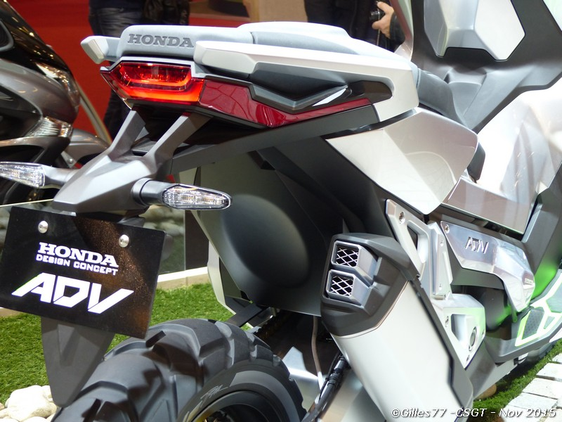 Integra X-ADV un Scoot- Trail Honda très attachant 898714P1010281