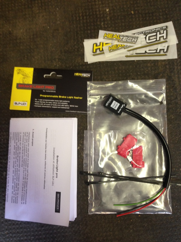 [TUTO] Montage Brake Light Pro (modulateur de feu stop)  900818IMG5823